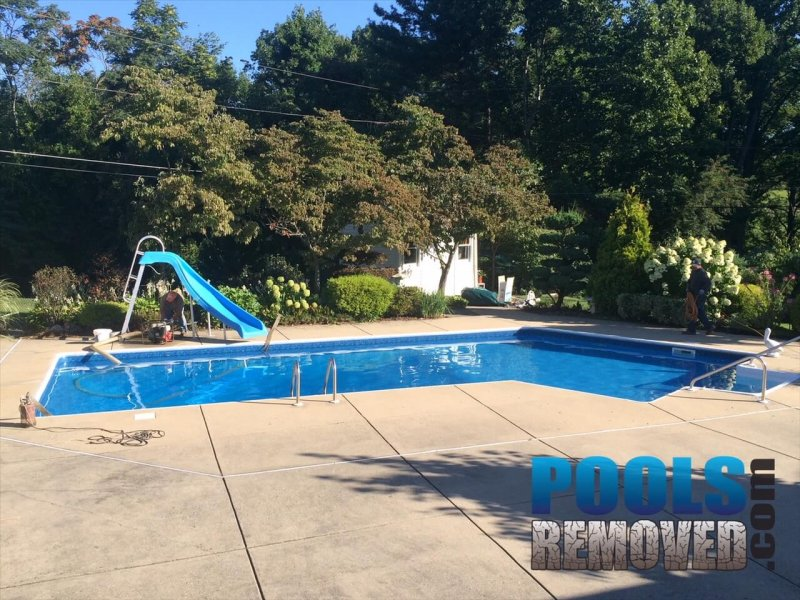 Vinyl Liner Swimming Pool Before Removal- Company in Maryland
